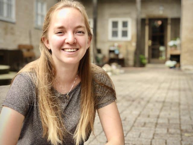 Interview mit unserem kurzzeitigen WG-Mitglied Kayleigh beim gemeinsamen Mittagessen nach einem Haus- und Hofputztag